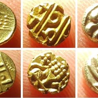 Indien - Fanam 16th-17th century (3 pieces)- Gold