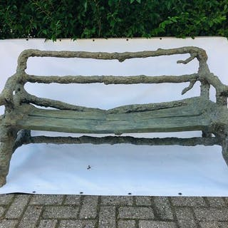 A naturalistic garden bench - Bronze - 20th century