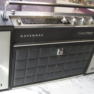 NATIONAL - NATIONAL SG - 765 - RADIO-PHONOGRAPH Tragbar