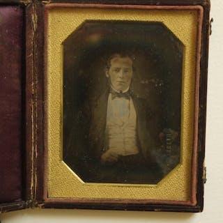 Unbekannt (XIX)  - Mann mit Buch, ca 1850