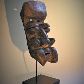 Masque (1) - Bois - Wé Guéré - Guéré - Côte d'Ivoire
