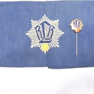 2. Weltkrieg - Luftschutz / RLB - Armbinde, und Abzeichen