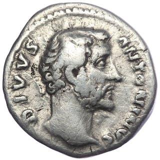 Römisches Reich - Denar - Divys Antoninus Pius (gestorben 161 n