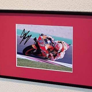 MotoGP - MotoGP Champion Marc Marquez - handsigniertes gerahmtes Foto