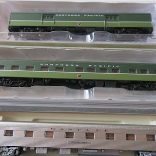 Kato, Walthers N -55096+55036 + 156 0905 - Personenwagen...