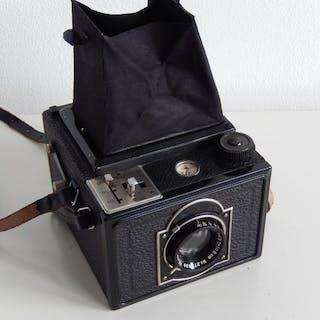 KameraWerkstätten (KW) Reflex-box 1933 met Steinheil 1:4.5 lens