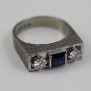 14 kt Weißgold - Ring Saphir - Diamant