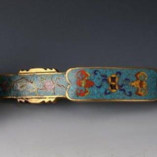 Ru Yi (1) - Brass, Cloisonné- China - 20th c possibly Republic Period