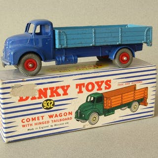 Dinky Toys - 1:43 - Leyland Comet Lorry With Hinged...