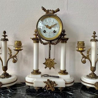 Mantel clock - Copper, Marble - Late 19th century