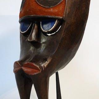 Maschera gorilla (chiamata Gon o Ngon) - Legno - Kwele / Bakwele - Camerun