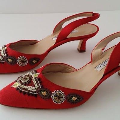 Oscar De La Renta Embroidered Slingback Sandals Shoes - Size: IT 37