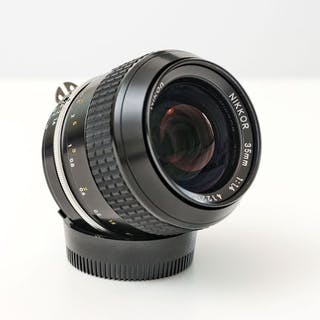 Nikon Nikkor 35mm 1:1.4 Ai MINT