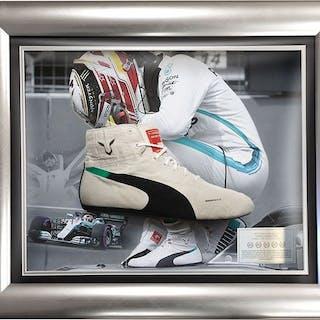 Used Race Boot - Formula Uno - Lewis Hamilton - 2018 - Mercedes incorniciata