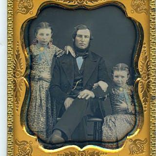 Onbekend - Vader en dochters, c. 1860