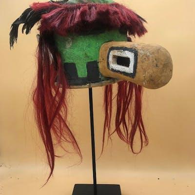 Masque d'Oiseau représentant Tasaf - Cuir - Hopi-style - Arizona, États-Unis