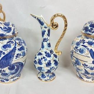 H. Bequet - Quaregnon - Vaso coperto (2) e caraffa (1) (3) - Terracotta