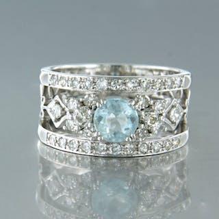 14 kt. White gold - Ring - 0.68 ct Diamond - Aquamarine