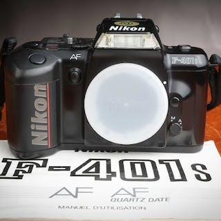 Nikon AF-401 savec mode d'emploi en superbe état