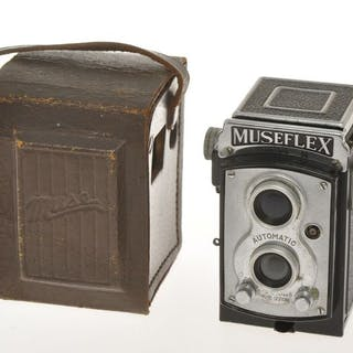 Tougodo,Museflex model M, nice and rare TLR subminiataure camera C.1949, exc+++
