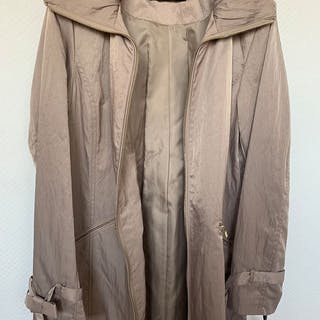 Karl Lagerfeld - New - Never Used- NO RESERVE PRICE -Lightweight Jacket - Size:L