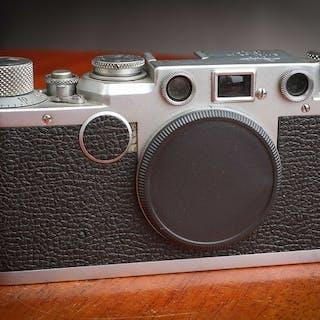 Leica IIf  Echelle Rouge N° 574998  1952/3  ( 5000 ex )  très beau