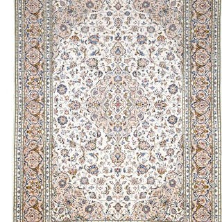 Keshan - Carpet - 354 cm - 241 cm