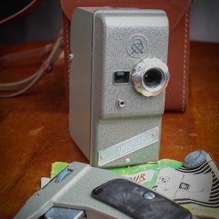 Lomo Caméra 8 mm AMBASSADOR avec mode d'emploi et étui en cuir