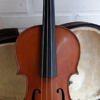M COUTURIAUX - violon 3/4 antique de Mirecourt - France