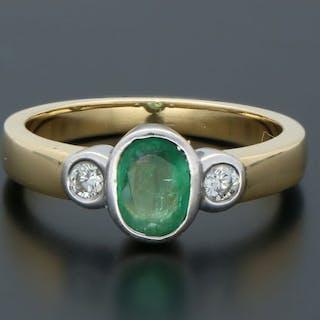 18 kt. Yellow gold - Ring Emerald - Diamond