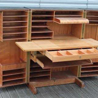 """Mummenthaler & Meier - """"Magic Box"""", desk in a box"""