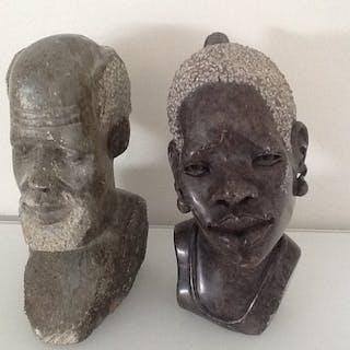 Skulptur (2) - Serpentinenstein - Afrika