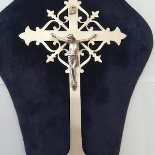 crucifix - Silver - Italy - Second half 20th century