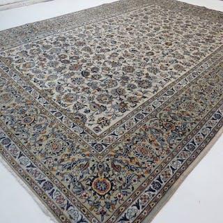 Keshan - Teppich - 370 cm - 265 cm