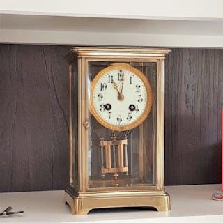 Mantel clock - Brass - 20th century