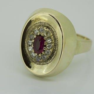 14 kt. Yellow gold - Ring - 0.36 ct Diamond - Ruby