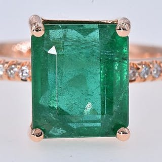 18 kt. Pink gold - Ring - 3.90 ct Emerald - Diamonds