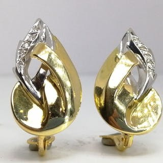 18 kt. Gold - Earrings - Diamonds
