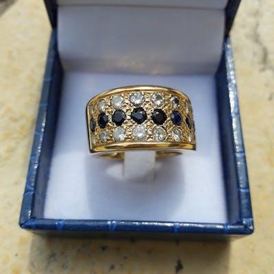 18 carats Or jaune - Bague - 10.00 ct Saphir - Diamant