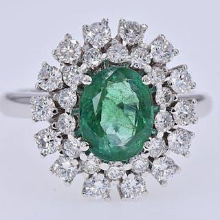 18 kt. White gold - Ring - 2.27 ct Emerald - 1.22 Ct Diamonds