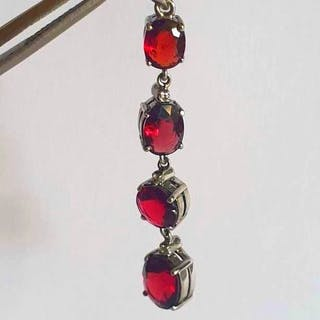 14 kt. White gold - Pendant - 8.00 ct Red Spinel of Burma - Diamond