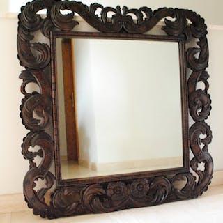 Beautifully sculpted mirror - Oak - First half 20th century
