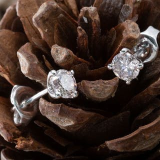18 kt. White gold - Earrings - 0.70 ct Diamond - Light...