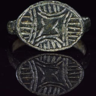 Mittelalterliche Kreuzfahrer Ära Bronze Ring mit Stern von Bethelehem