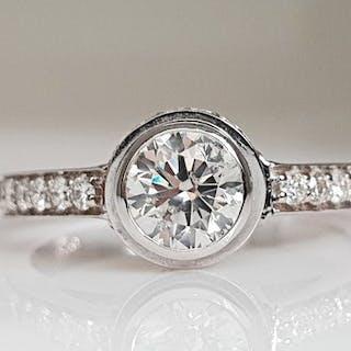 14 kt. White gold - Ring - 1.18 ct Diamond - No Reserve
