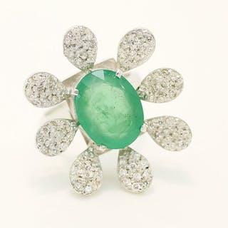 18 kt. Oro bianco - 5.16 ct Emerald Certificato da IGI...