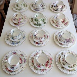 royal albert - Set da caffè Royal Albert e piatti per la...