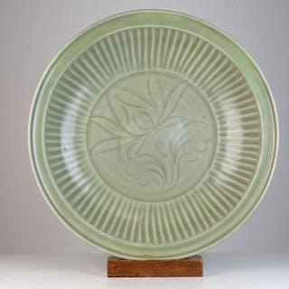 Großes Ladegerät - Seladon - Porzellan - China - 18. Jahrhundert