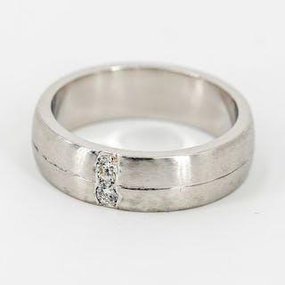 950 Platinum - Ring Diamond