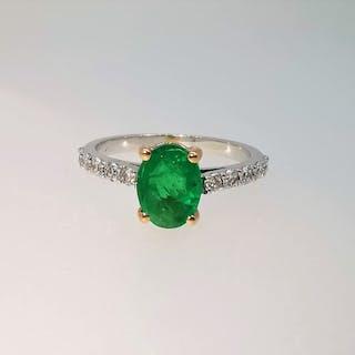 18 kt. Bicolour - Ring - 1.53 ct Emerald - Diamond